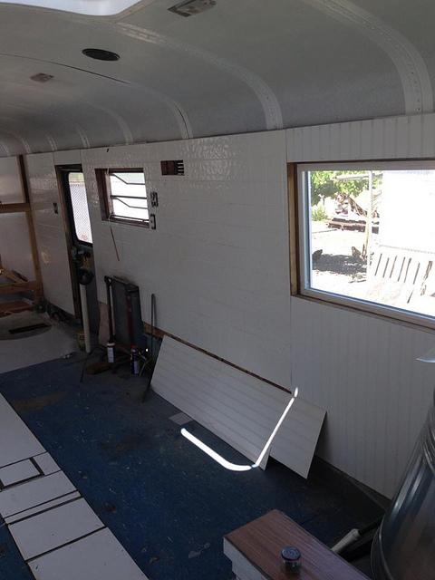 zidovi kuće autobusa