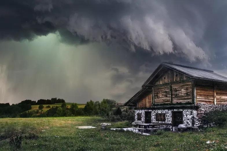 kako preživeti ekstremne vremenske prilike