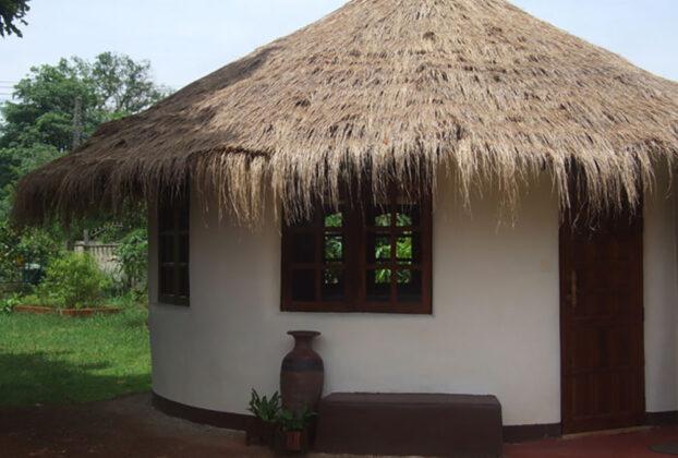 Kako izgraditi kuću od džakova punjenih zemljom