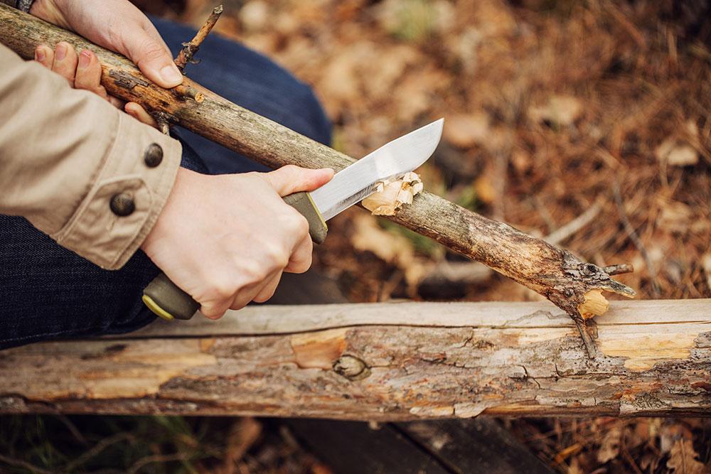 nož za preživljavanje u prirodi
